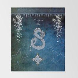 Wonderful chinese dragon Throw Blanket