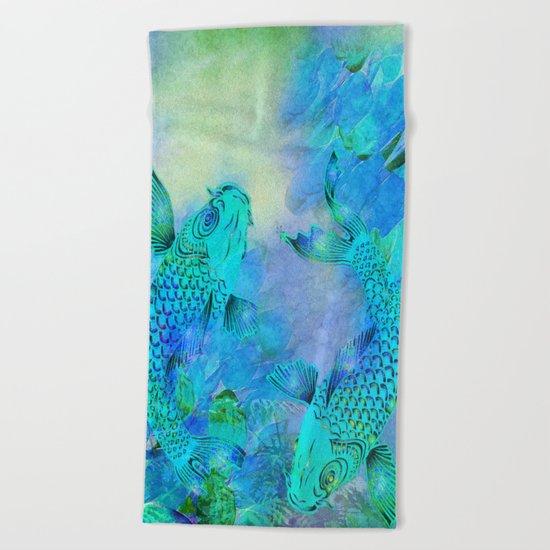KOI UNDERWATER ADVENTURE Beach Towel