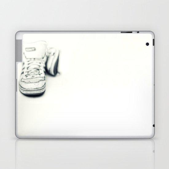 Dancing Barefoot.... Laptop & iPad Skin
