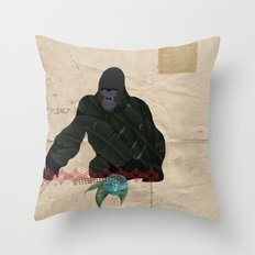 THE KING OF DIAMONDS Throw Pillow