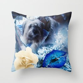 Lolita sheperd of pyrénées Throw Pillow