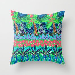 Laia&Jungle III Throw Pillow
