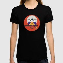 big eyed halloween owl T-shirt