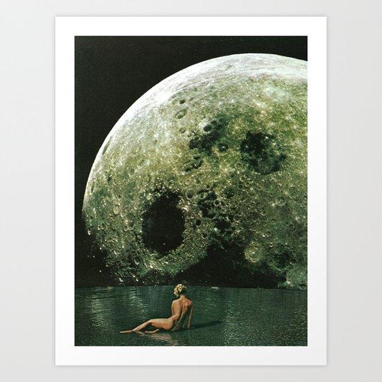 Quel giorno che arrivò la luna al lago mi stavo facendo il bidet Art Print