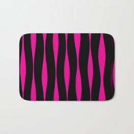 Wavy Pattern (Pink+Black) Bath Mat