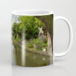 Barge thro the bridge Coffee Mug