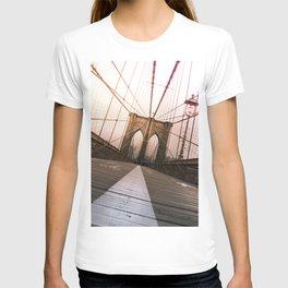 Brooklyn Bridge, New York City T-shirt