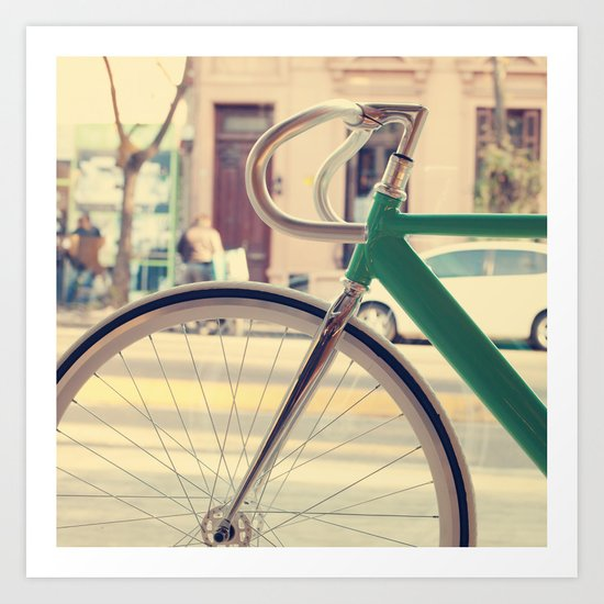 Geen Mint Bicycle in the City (Retro - Vintage Photography) Art Print