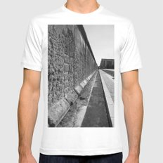 The Berlin Wall Mens Fitted Tee White MEDIUM