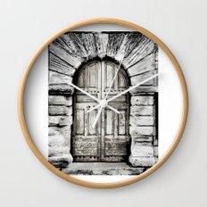 closed#01 Wall Clock