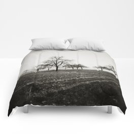 { skeleton trees } Comforters