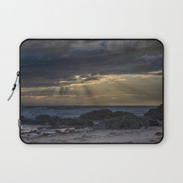 Sunset and God beams Laptop Sleeve