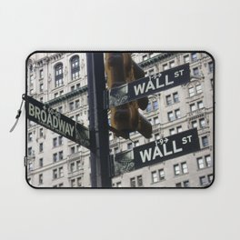 Concrete jungle where dreams are made of... Laptop Sleeve