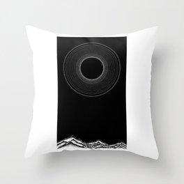 Black sun Throw Pillow