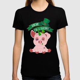 St Patrick's Day Kiss Me I'm A Unicorn Pig T-shirt