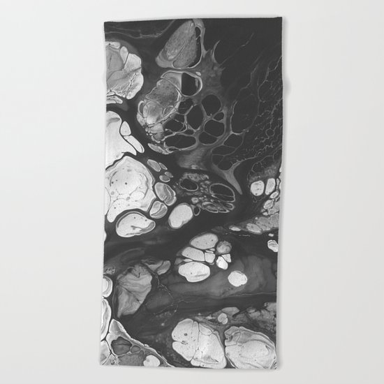 HOUSE OF WOLVES Beach Towel