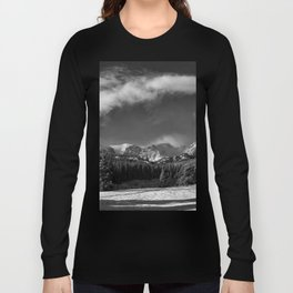 Rocky Mountan Park in Black and White Long Sleeve T-shirt