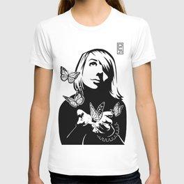 Lili + The Butterflies T-shirt