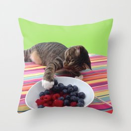 Grab the berries Throw Pillow