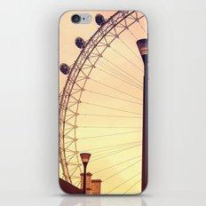 La farola iPhone & iPod Skin