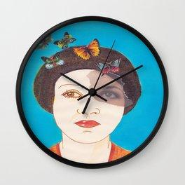 MARIPOSAS EN LA CABEZA Wall Clock