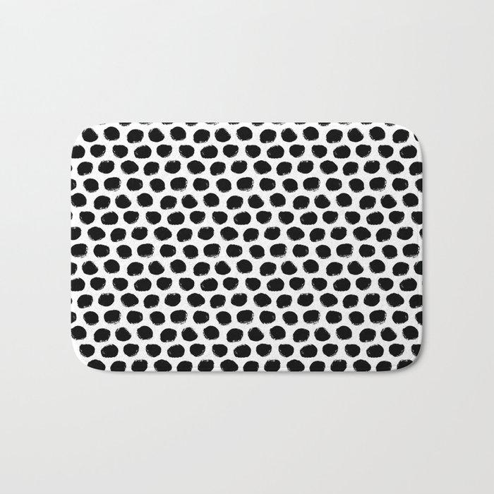 Beehive Black and White Bath Mat