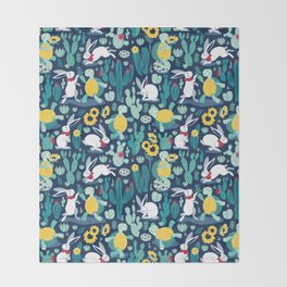 The tortoise and the hare Throw Blanket