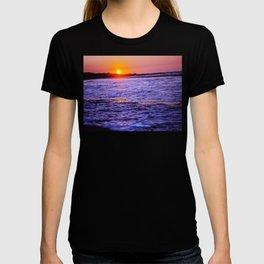 dusk to wave T-shirt
