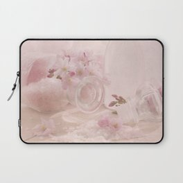 Almond blossoms in Vintage Style Laptop Sleeve