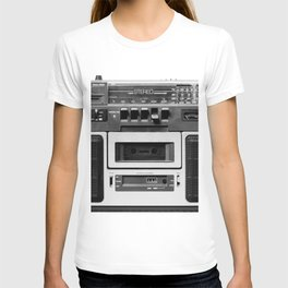 cassette recorder / audio player - 80s radio T-shirt
