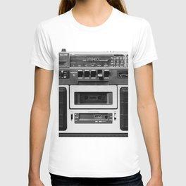 cassette recorder / audio player - 80s radio T-shirt