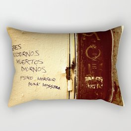 Palabras en la calle  Rectangular Pillow