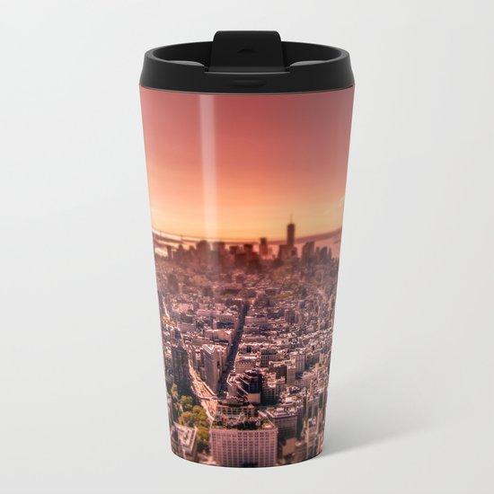 Manhattan in red Metal Travel Mug