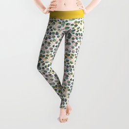 Simple Silver Dollar Eucalyptus Leaves Leggings