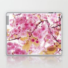 Bloom, bloom, bloom! Laptop & iPad Skin
