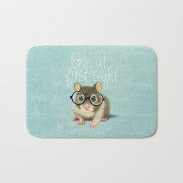Little mouse in love Bath Mat