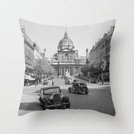 De Place de la Sorbonne met de universiteitskapel Ste Ursula, Bestanddeelnr 254 2118 Throw Pillow