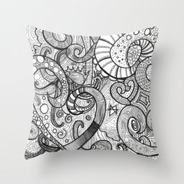 octupi heart Throw Pillow