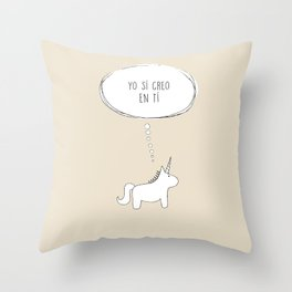 believe in me Throw Pillow