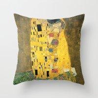 gustav klimt Throw Pillows featuring The Kiss - Gustav Klimt by BravuraMedia