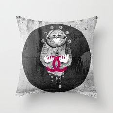 Inuit spirit Throw Pillow
