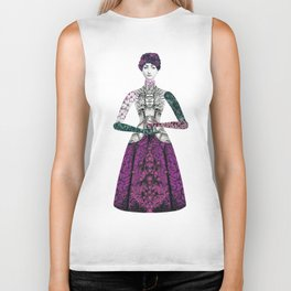 Portrait of a lady: Berenice Biker Tank
