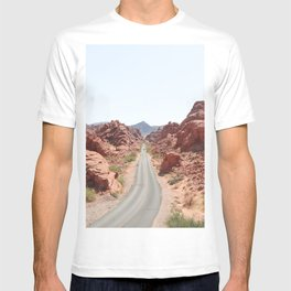 Roads Of Nevada Desert Picture   Valley Of Fire State Park Art Print   USA Travel Photography T-shirt