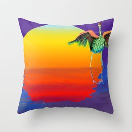 bosque bird Throw Pillow