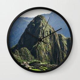 PE // 0072 Wall Clock