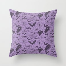 Spooky Scary Halloween print Throw Pillow