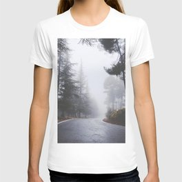 Dream forests. Into the foggy woods T-shirt