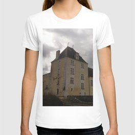 The castle of the birds T-shirt