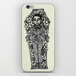 Le Mort Vivant iPhone Skin