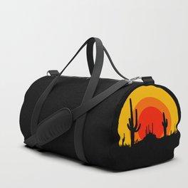 mucho calor Duffle Bag